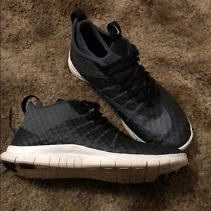 Nike Shoes - Nike High Free Run Size 8.5